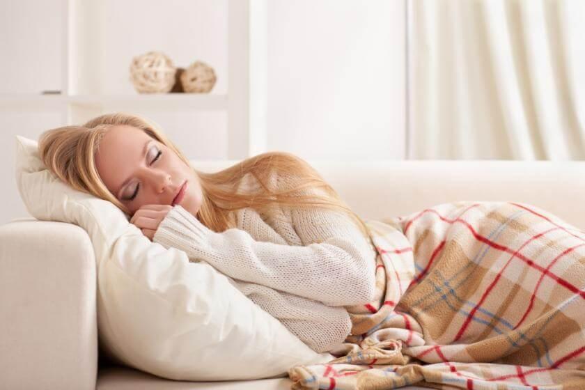 «Θέλουμε να κοιμόμαστε πιο πολύ» , η έλλειψη ύπνου είναι… γυναικεία υπόθεση