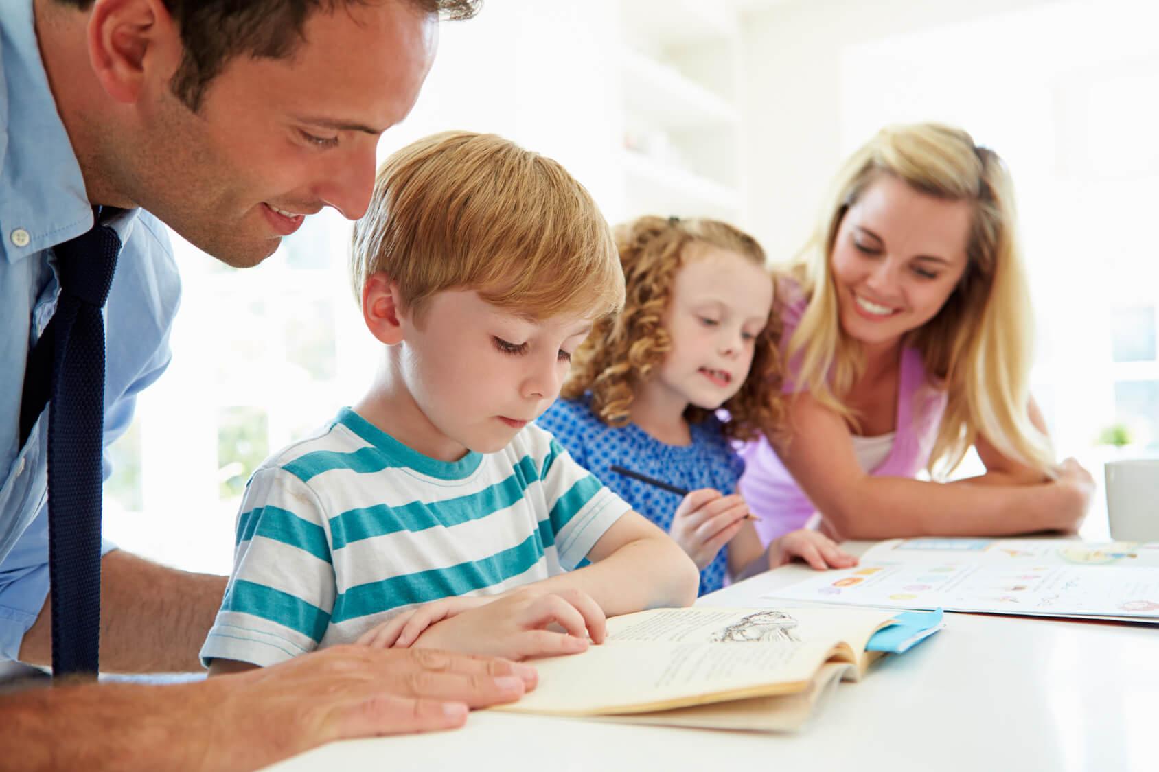 Μελέτη στο σπίτι – 11 συμβουλές για γονείς…σε απόγνωση