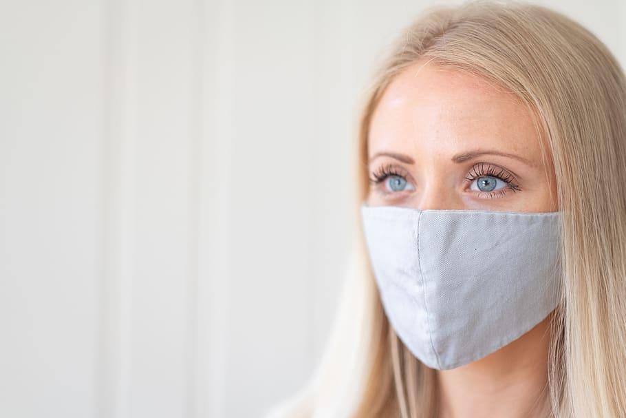 Maskne: αντιμετώπιση της ακμής που προκαλεί η χρήση μάσκας