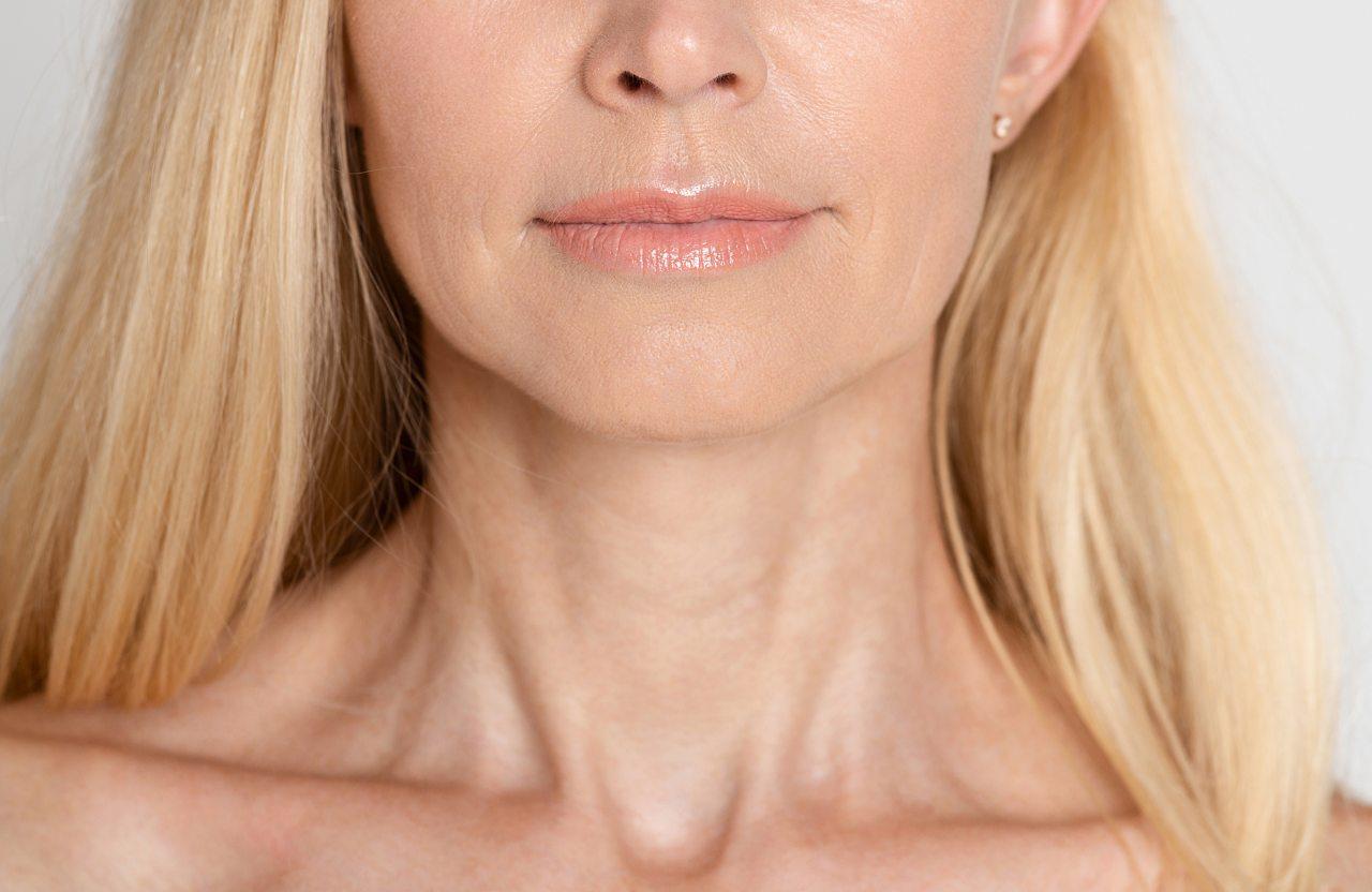 Περιποίηση λαιμού: πως να απαλλαγείτε από τις ρυτίδες στο λαιμό και το ντεκολτέ