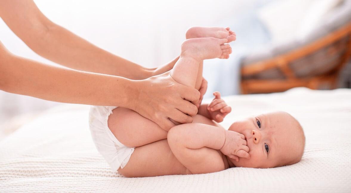 Κολικοί μωρού: Τι είναι, πότε εμφανίζονται, πως αντιμετωπίζονται και τι ρόλο παίζει η διατροφή της θηλάζουσας μητέρας;