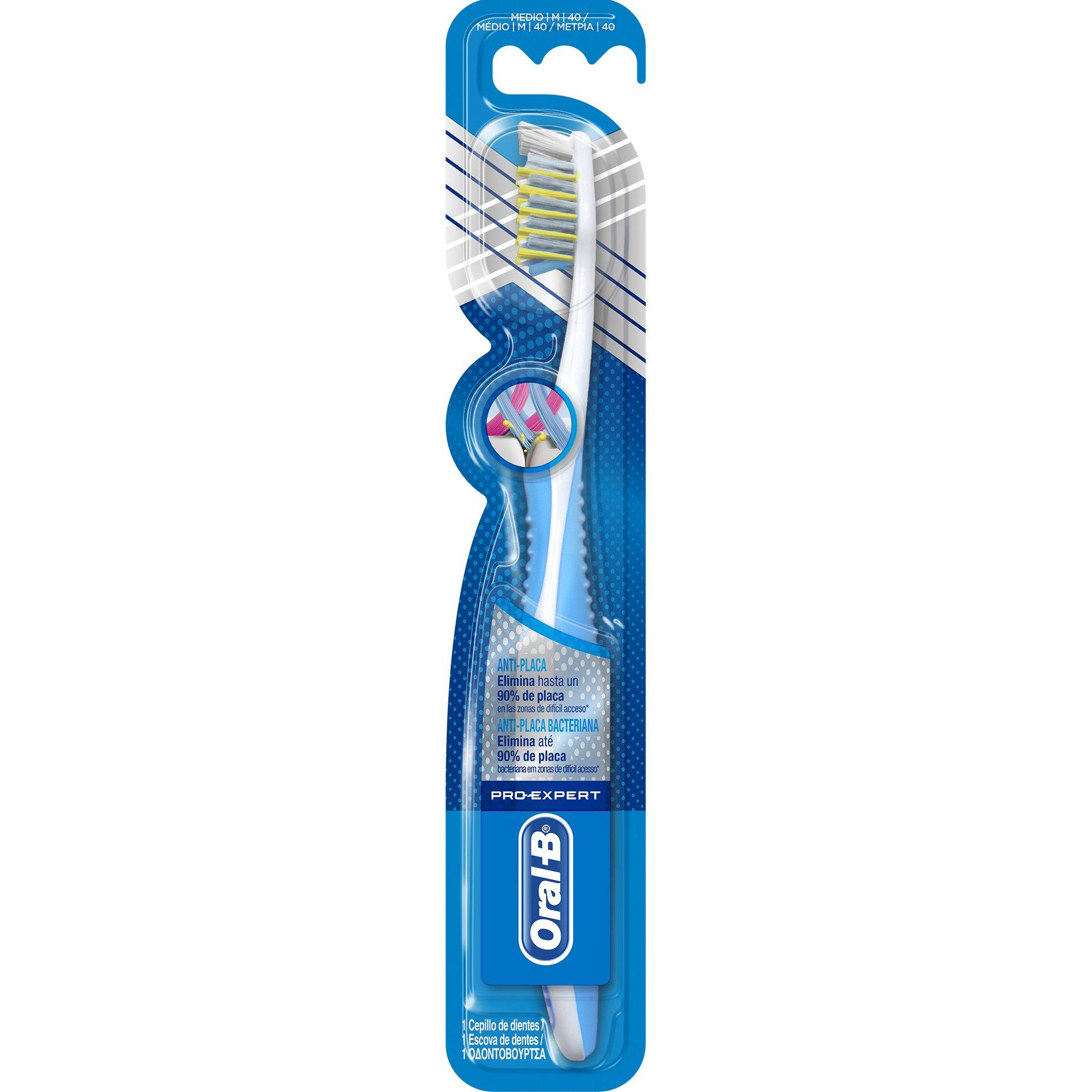 Oral-B Pro-Expert Cross Action Anti-Plac 40 Medium Οδοντόβουρτσα Κατά της Μικροβιακής Πλάκας με Εύκαμπτες Ίνες 1τεμάχιο